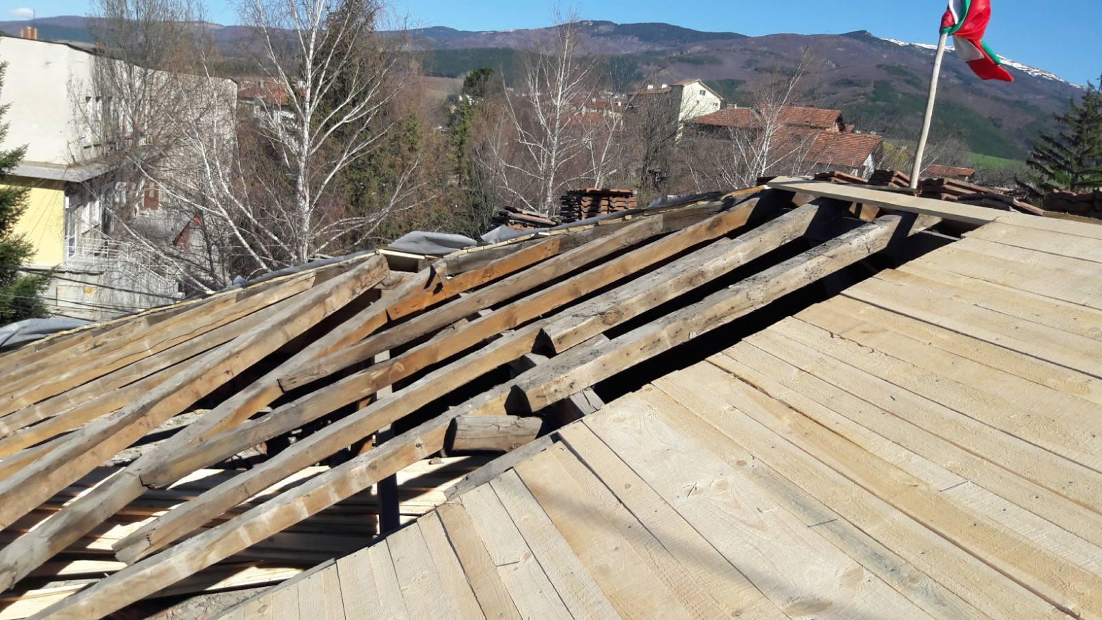 Видове керемиди за ремонт на покрива