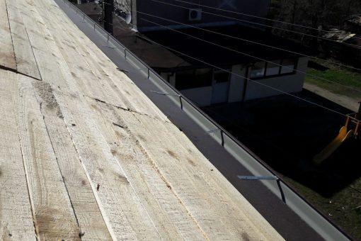 Реставриране на покрив в Драгичево